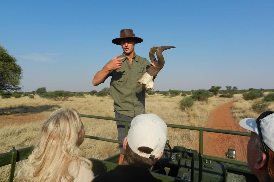 06 Urlaubs Ranger Safari Namibia Bushwissen
