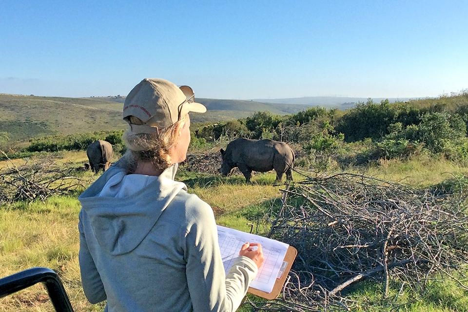 07 Elela Africa Monitoring Rhinos